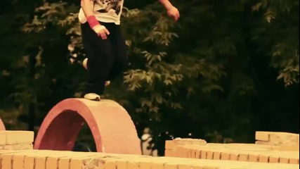 Паркур - живот на пълни обуроти [ H D 720p ]