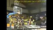 Basketball dunkts