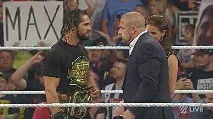 Cm Punk се завръща и се изправя срещу Seth Rollins