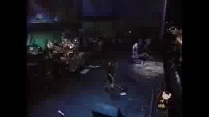 Korn - Falling Away From Me (woodstock 99)