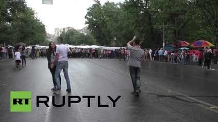 Armenia: Rain dance! Protesting couples do a little dance in Yerevan