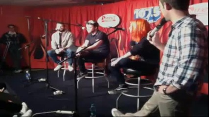 Paramore - live acoustic set in Nashville 19th april 2013