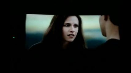 The Twilight Saga: Eclipse: Сцена: Бела удря Джейкъб