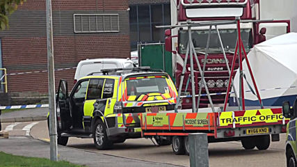 UK: Police open murder investigation after 39 bodies discovered in lorry