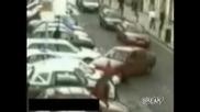 Жени Шофьори - Битка За Паркинг