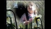 Child sings Michael Jackson - Heal the world 2