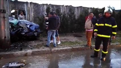 Ексклузивни кадри!!! Жестока катастрофа в Казанлък