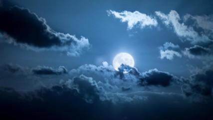 Планета ли е нашата Луна?