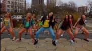 Секси Момичета Танцуват Много Яко!!!
