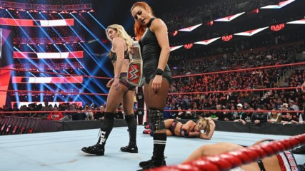 Becky Lynch & Charlotte Flair vs. The IIconics: Raw, Nov. 18, 2019