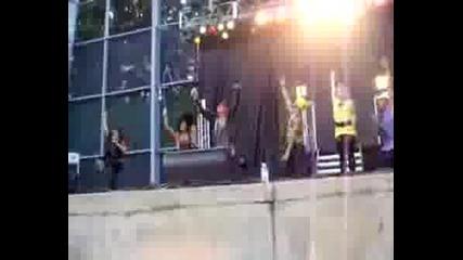 Vanessa Hudgens Live Concert - First Bad Habit