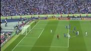 Топката влезе и излезе! Зидан изпълнява страхотна дузпа на Световното през 2006!