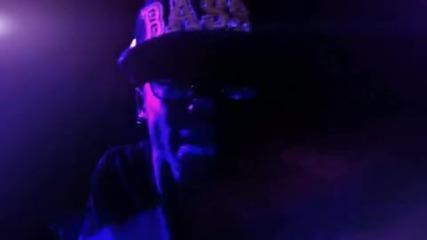 Избухвация - Lil Wayne - I Am Not A Human Being (високо качество)