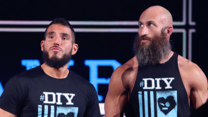 #DIY reunites as Johnny Gargano & Tommaso Ciampa make their entrance: WWE Worlds Collide, Jan. 25, 2020