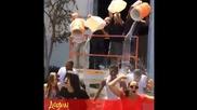 Zendaya прави Ice Bucket Challenge с актьорите от Kc Undercover