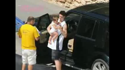 Fernando Torres wife Olalla Dominguez is Pregnant again New Pics with Nora