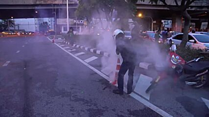 Thailand: Police fire water cannons, tear gas as thousands demand PM resignation in Bangkok