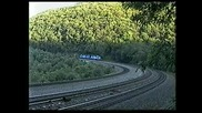 Тоя влак дерайлира в далечината