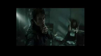 Papa Roach - Hollywood Whore(new Hq video)
