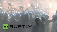 Italy: Clashes break out between leftists & police during anti-Lega Nord demo