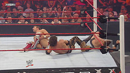 Daniel Bryan vs. John Morrison vs. The Miz – U.S. Title Submissions Count Anywhere Match: WWE Hell in a Cell 2010 (Full Match)