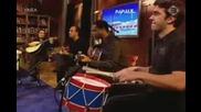 Mariza singing Fado Curvo at Dutch Tv show Pa Paul 01 - 11 - 2004