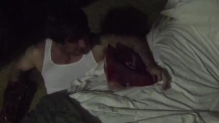 Някой наистина има чудовище под леглото! * Скрита камера! *