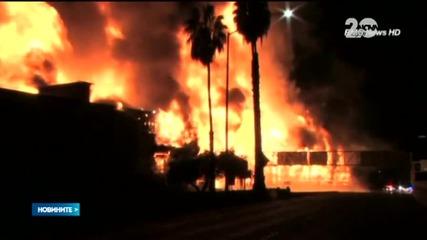 Над 200 огнеборци гасиха огромен пожар в Лос Анджелис