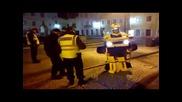 Изненаданите полицаи