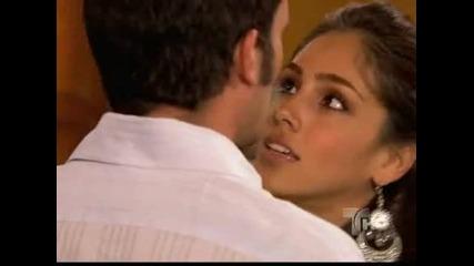 Хаде танцува на Саид и го моли да я вземе с него в Маями