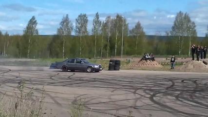 Мерцедес W124 - burnout Dieselturbo