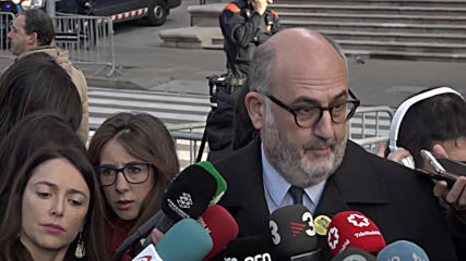 Spain: Catalan president Torra faces trial for disobedience in Barcelona