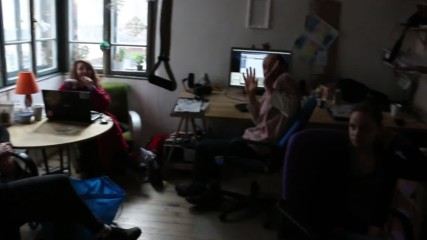 Микрофон, Пиано и Фабрика | Weekend Pirates Vlogmas Ep21