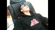 Wosh Mc претърпява нереален масаж.