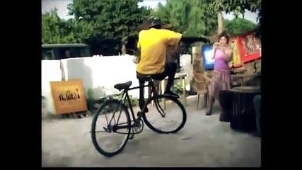 Така се кара колело