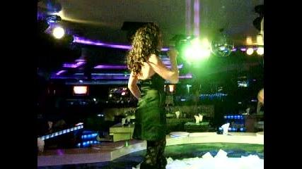 Стефани - За да те забравя (live)
