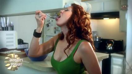 Пор*но взезда снима реклама на кисело мляко-смях
