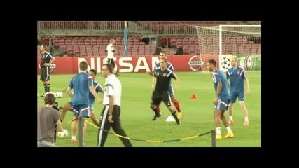 Аякс ще играе футбол срещу Барса