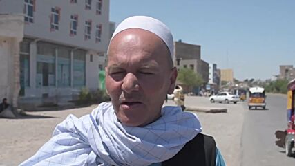 Afghanistan: Locals try to flee Herat, security forces and militiamen gear up to repel Taliban attacks