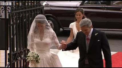 Сватбената рокля на Кейт Мидълтън (кадри от сватбата 29.04.2011)