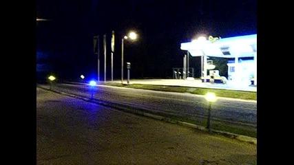 Луди мотористи се ебават с камера - радар