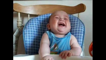 Най-сладкия бебешки смях:)