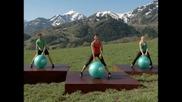 Фитнес със швейцарска топка - 1 от 5