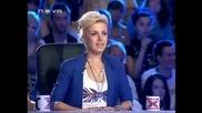 """Елица Михайлова на 19 год. от град Свищов пее """"аз знам"""""""
