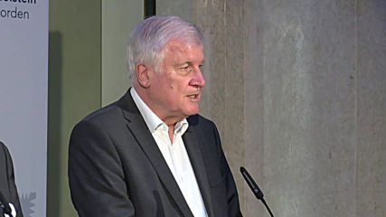 Germany: Seehofer announces new protective measures in wake of Halle attack