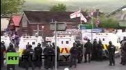 Великобритания: Полицията използва водно оръдие по време на сблъсъците в Белфаст