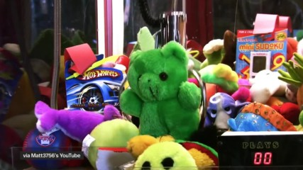 Its not you. Claw machines are rigged.