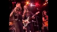 Doobie Brothers - Takin It To The Streets