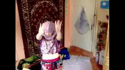 Арабски Танц. Приятелка На Сеф