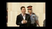 Меси и баща му се явиха в съда по обвинение за укриване на данъци